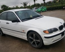 Cần bán BMW 323i đời 1999, màu trắng, nhập khẩu chính hãng, 189 triệu giá 189 triệu tại Hà Nội