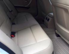 Bán BMW 323i đời 2011 màu trắng, giá 880 tr giá 880 triệu tại Hà Nội