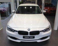 Bán xe BMW 3 Series 320i 2017, màu trắng, nhập khẩu. Rất nhiều ưu đãi từ đại lý, có xe giao ngay giá 1 tỷ 468 tr tại Quảng Bình
