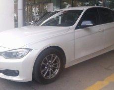 Cần bán gấp BMW 3 Series 320i đời 2012, màu trắng giá 860 triệu tại Bình Thuận