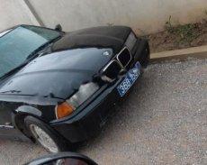 Bán xe BMW 3 Series 320i năm 1997, màu đen, xe nhập  giá 48 triệu tại Tp.HCM