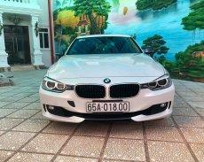 Bán xe BMW 320i màu trắng camay 2013 - 839 triệu giá 839 triệu tại Cần Thơ