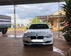 Cần bán gấp BMW 320i 2014, màu trắng, nhập khẩu   giá 1 tỷ 50 tr tại Lâm Đồng