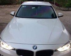 Cần bán lại xe BMW 320i sản xuất năm 2012, màu trắng, nhập khẩu nguyên chiếc giá 820 triệu tại Cần Thơ