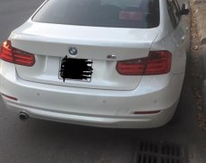 Cần bán BMW 3 Series 320i năm 2014, xe nhập giá 880 triệu tại Quảng Ngãi