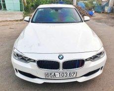 Bán BMW 3 Series 320i 2012, màu trắng, nhập khẩu, giá chỉ 799 triệu giá 799 triệu tại Đồng Tháp