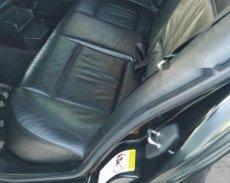 Gia đình tôi cần bán 1 xe BMW 4 máy 2.0L, sản xuất năm 2004, chạy 8L/100Km giá 220 triệu tại Tp.HCM