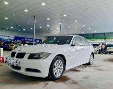 Chính chủ bán BMW 3 Series 320i đời 2008, màu trắng, nhập khẩu giá 398 triệu tại Hà Nội